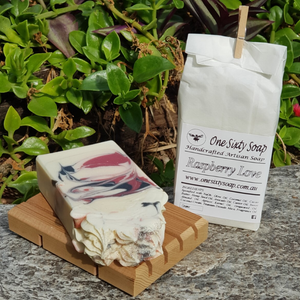 One Sixty Soap - Raspberry Love - The Vale Eco Packs Eco Gift Packs and Eco Products