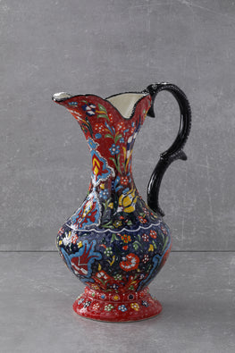 EXCLUSIVE DESIGN PITCHER