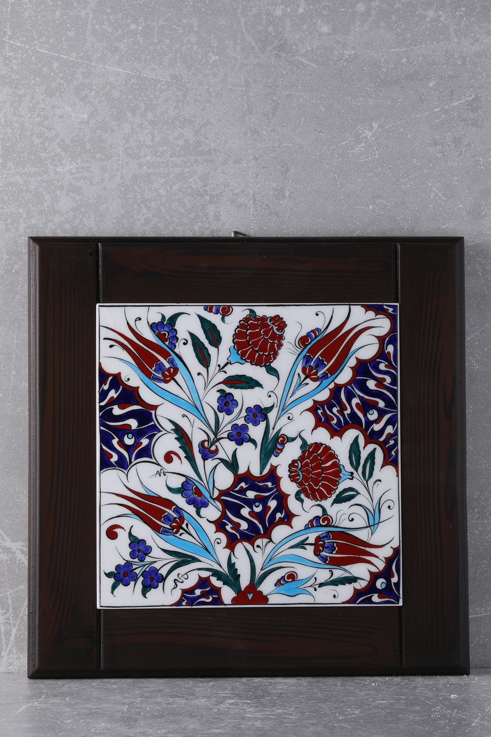 EXCLUSIVE HANDCRAFTED  20X20 CM TILE