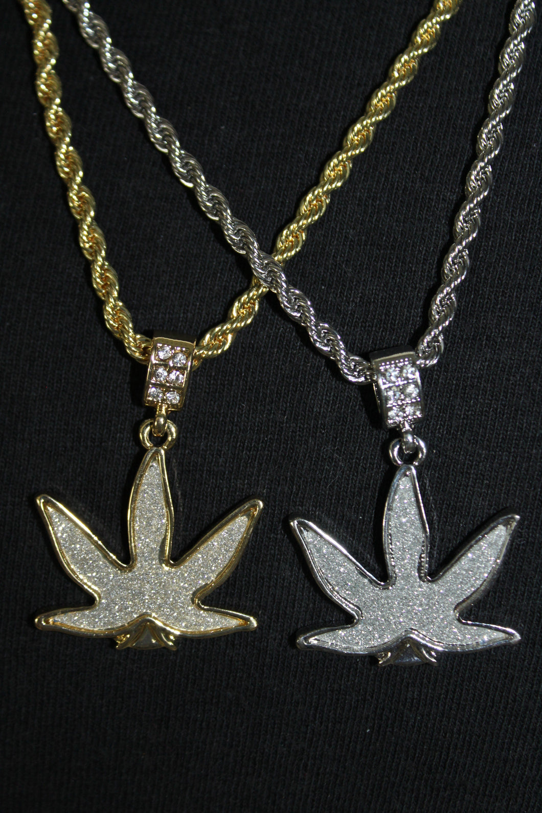 Marijuana Pot Leaf Gold and Silver Plated Pendant and Rope Chain Necklace 3MM Mens Womens Fashion 26