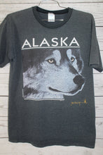 Alaska Timber Wolf Vintage 1990 Animal Nature Pin Stripe T-Shirt