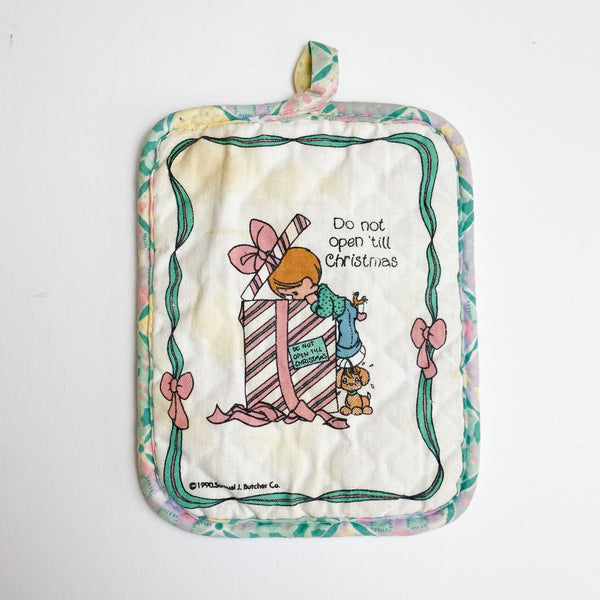 Precious Moments Christmas Pot Holder