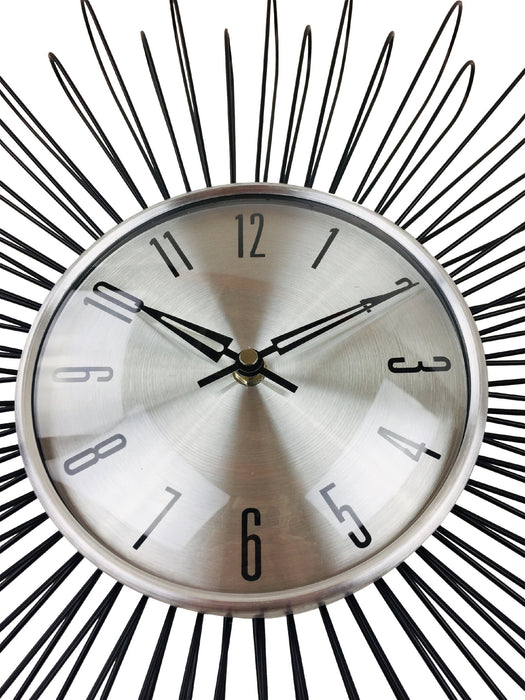 Looping Wire Design Metal Wall Clock 48cm