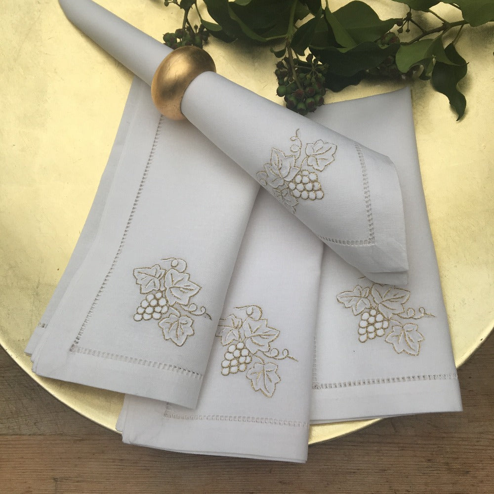 Grapes Gold napkins