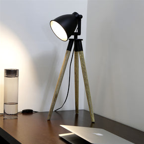 Craftter Wooden Tripod Metal Focus Light Beautiful Decorative Table Lamp