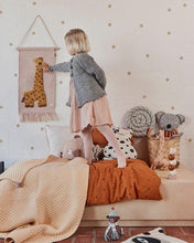 Load image into Gallery viewer, OYOY, Girafe Wall Hanger - Bygge Bo