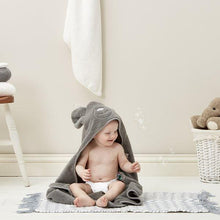 Load image into Gallery viewer, The Little Green Sheep, Organic Baby Bath & Bed Set - Bygge Bo