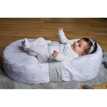 Load image into Gallery viewer, Cocoonababy Nest with Fitted Sheet - Dreamy Cloud