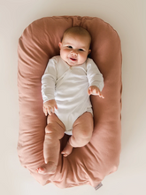 Load image into Gallery viewer, Snuggle Me, Organic Baby Nest/Lounger Cover, Gum Drop - Bygge Bo