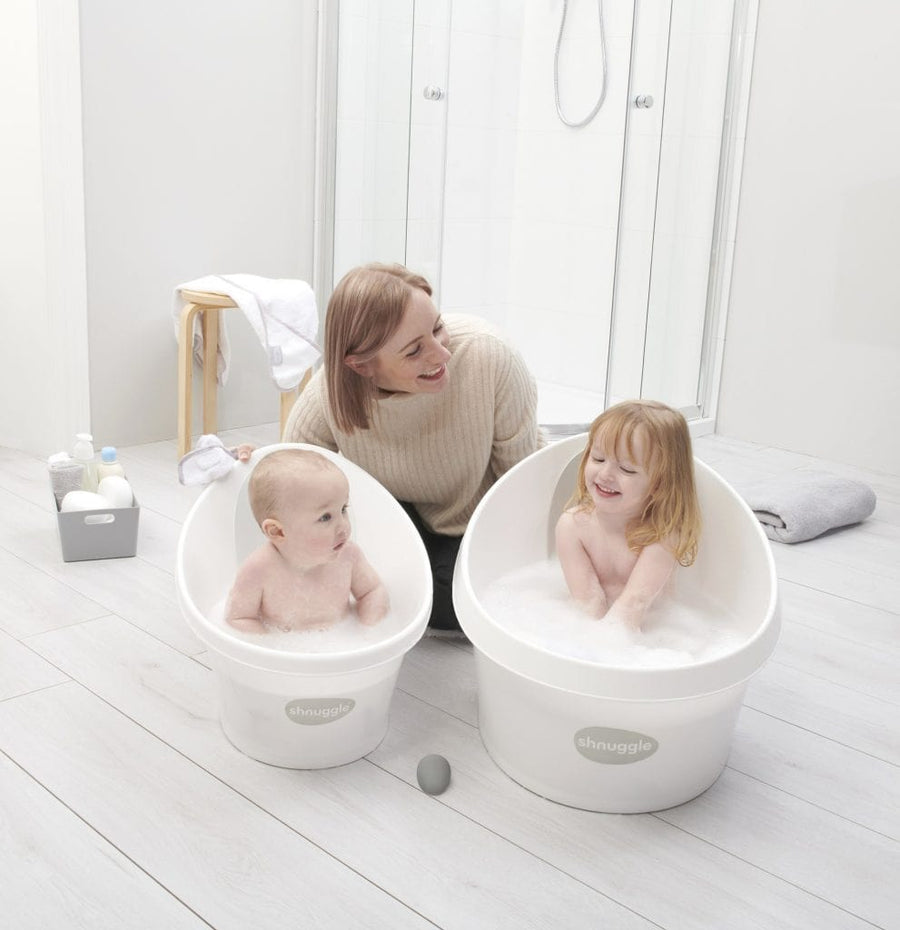 The Shnuggle Toddler Bath