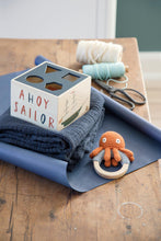 Load image into Gallery viewer, Sebra, Crochet rattle on ring, Morgan the Octopus, rusty - Bygge Bo