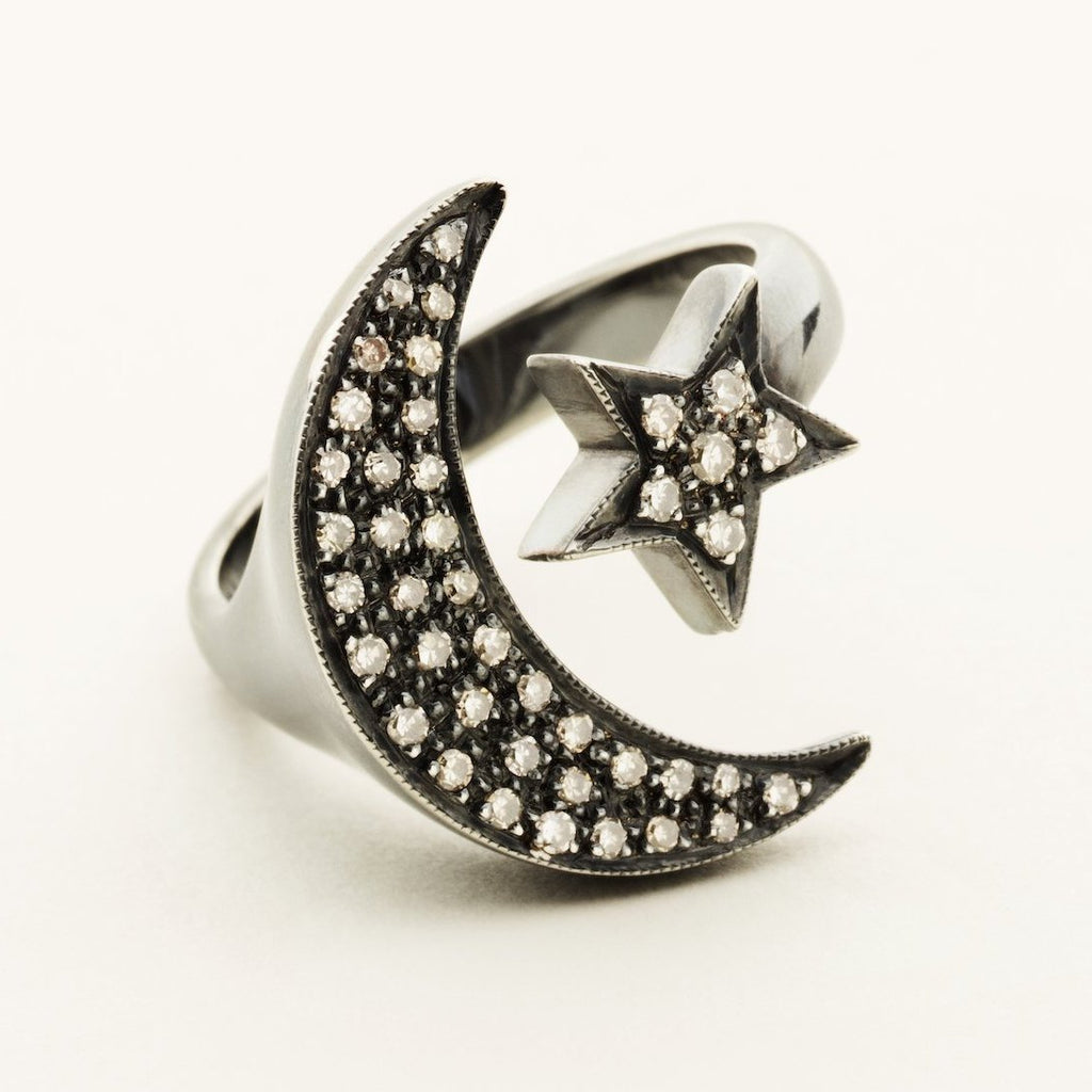 MOON & STAR RING - oxideret sølv med diamanter