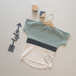 Seagreen and White Signature Short Set