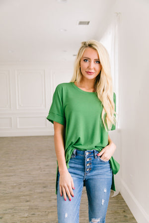 Nessa Crew Neck Top In Kiwi - ALL SALES FINAL