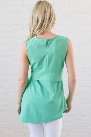 Astor Asymmetric Hem Top In Mint