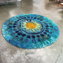 Load image into Gallery viewer, Round Vintage Rya Rug (FREE SHIPPING)