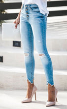 Load image into Gallery viewer, Gemma High Rise Skinny-Light Wash