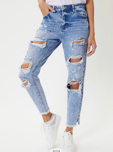 Naomi Distressed Boyfriend Jeans
