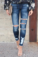 Load image into Gallery viewer, Roxy Dark Wash Frayed Ankle Skinny