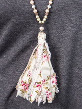 Load image into Gallery viewer, Spring tassel necklace