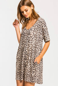 Right meow pocket dress