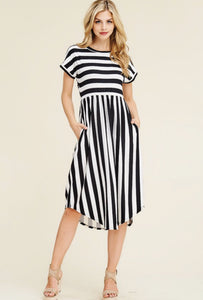 Hazel Midi Dress-Black/White