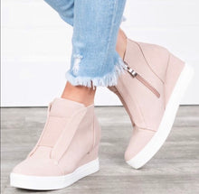 Load image into Gallery viewer, Ashley wedge sneaker- blush