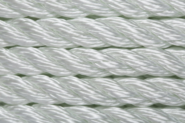 CANADA CORDAGE Industrial 3-Strand Twisted Nylon Rope (by the foot)