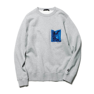 Load image into Gallery viewer, Shirring Pocket Crewneck Sweat - INVINCIBLE