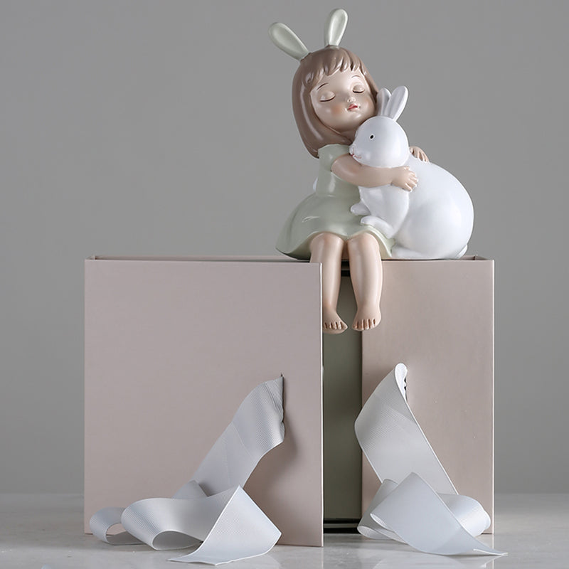 Small Girl's Dream Sculptures - fourline design