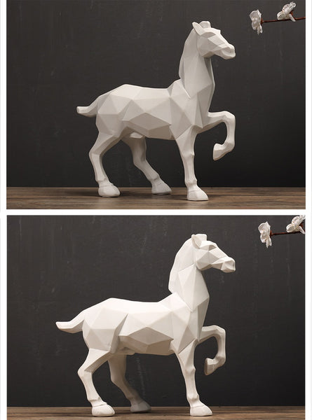 Geometric Horse Figurines - fourline design