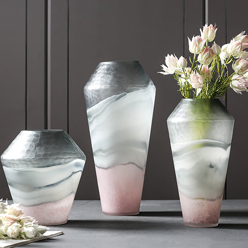 Beaumont Classy Glass Flower Vase - fourlinedesign