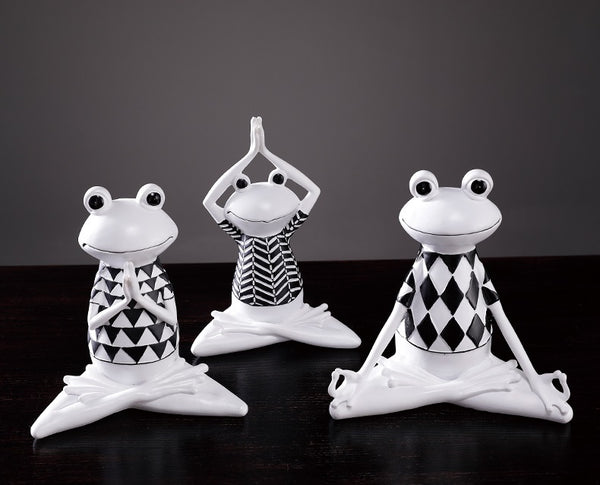 Yoga Frogs Centerpieces - fourlinedesign