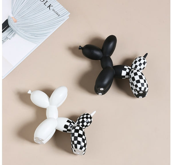 Checkered Balloon Dogs Centerpieces - fourline.design