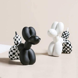 Checkered Balloon Dogs Sculptures - fourlinedesign