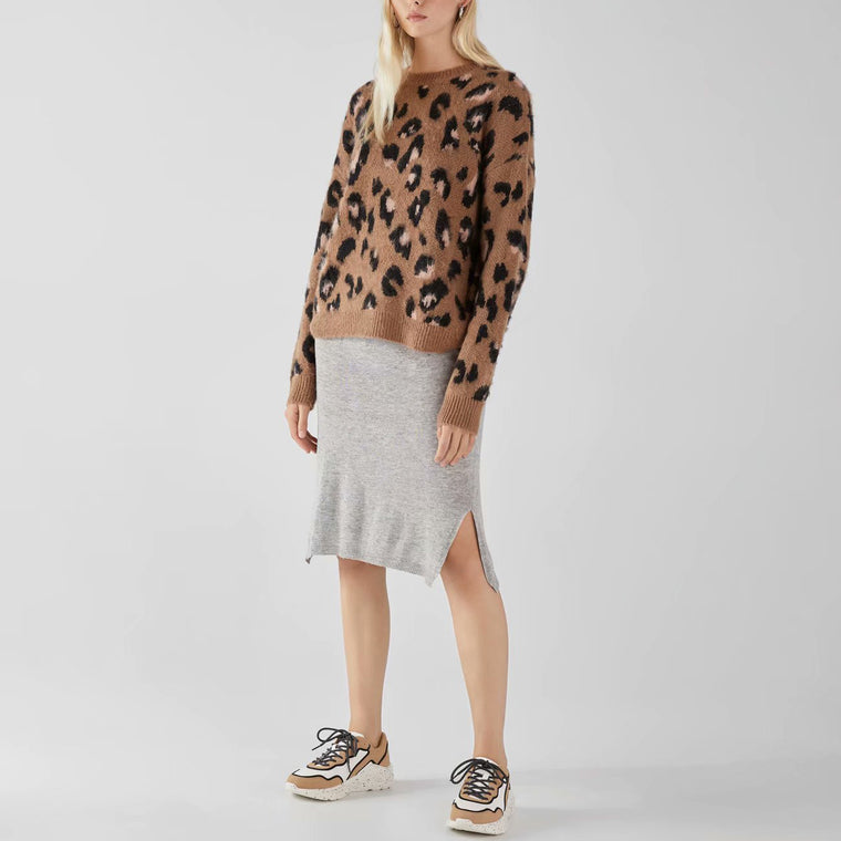 Fashion Round Neck Leopard Printed Sweater