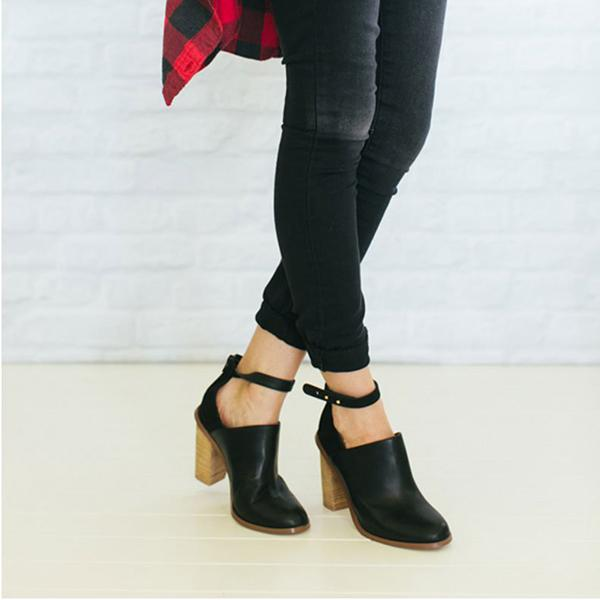 Retro Ankle Strap Chunky Heeled Boots