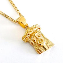 jesus christ face necklace. sam gowland off geordie shore, gold jesus necklace