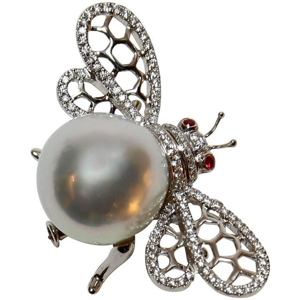 White South Sea Pearl Ruby Diamond White Gold Bumble Bee Brooch Pin