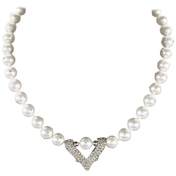 Stunning Faux Pearl and Faux Diamond Necklace