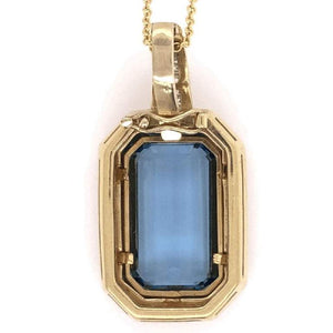 15 Carat Aquamarine and Diamond Gold Pendant Necklace Fine Estate Jewelry