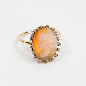 Stunning Antique Stone Cameo Gold Ring