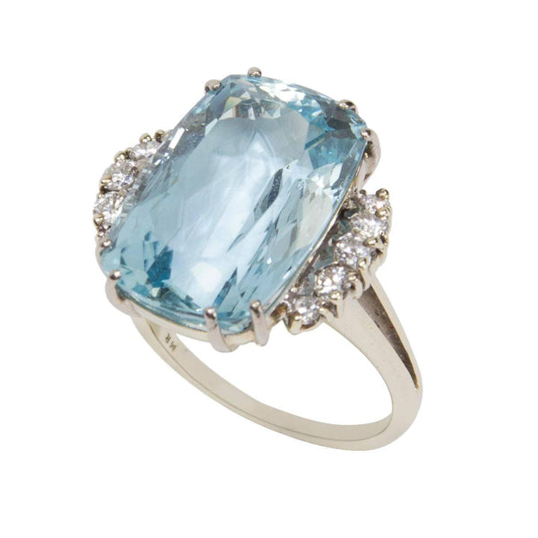 18.02 Carat Aquamarine Diamond Gold Statement Engagement Ring