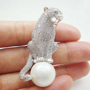 Vintage Art Deco Style Diamanté Jaguar Panther Pearl Jeweled Estate Brooch Pin