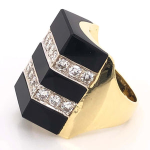 1.40 Carat Diamond and Onyx Gold Ring Fine Estate Jewelry, circa 1960s