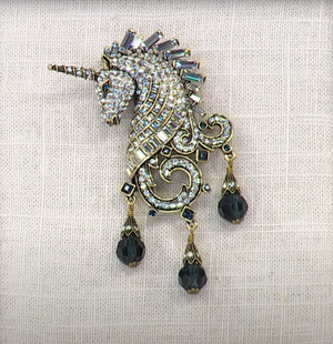 Heidi Daus Signed Crystal Untamed Beauty Unicorn Brooch Pin Estate Find