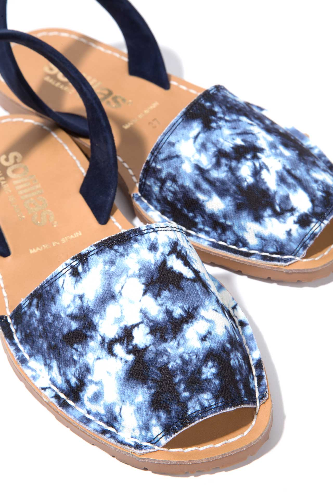 Reactivo Original - Blue & White Tie Dye Menorcan Sandals