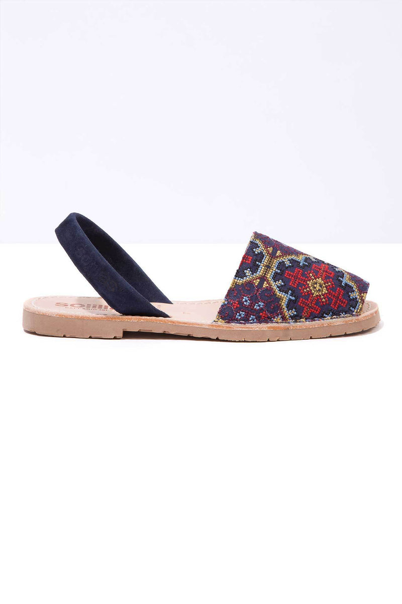 Magica - Embroidered Menorcan sandals