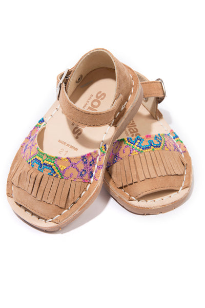 Folkloricito - Embroidered Leather Buckle sandals