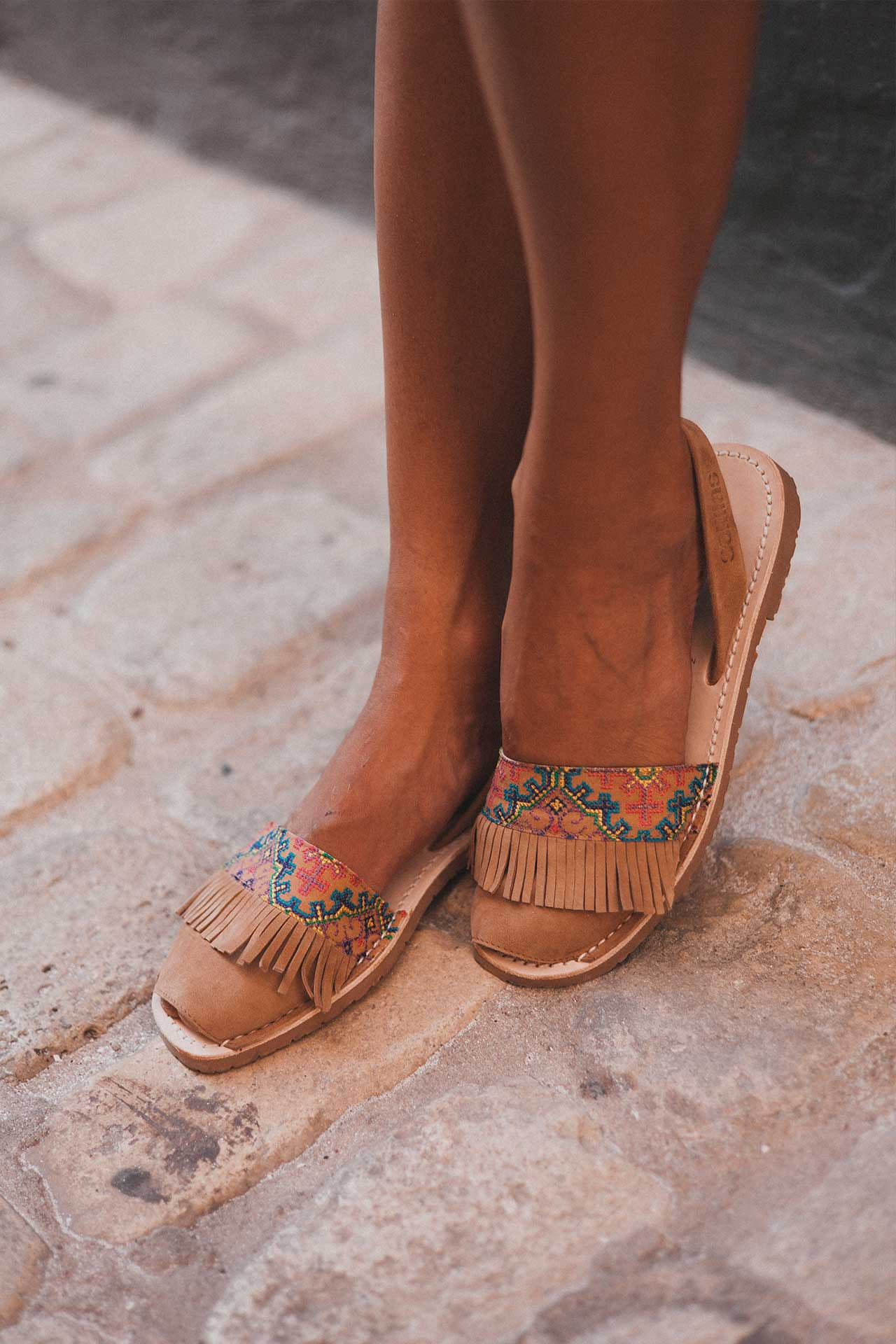 Folklorico - Leather Embroidered Menorcan sandals